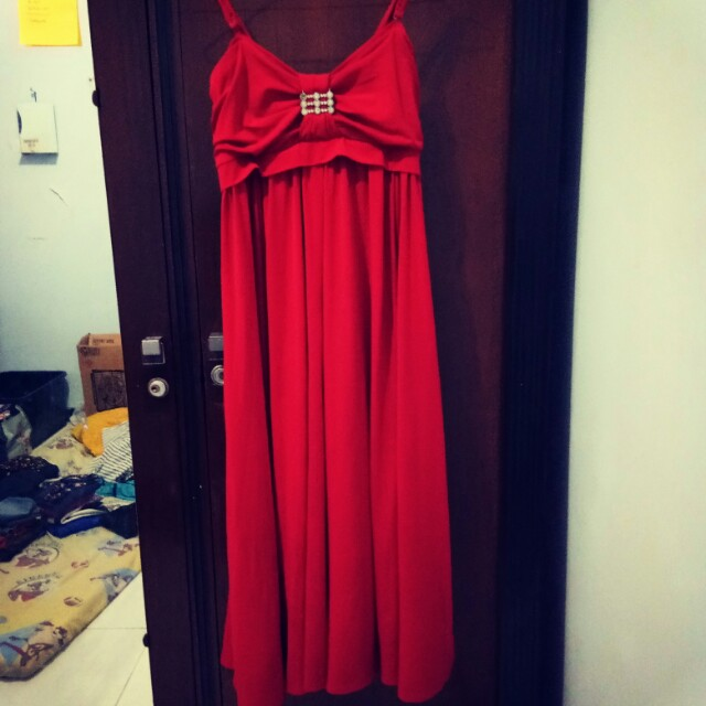 Midi dress merah