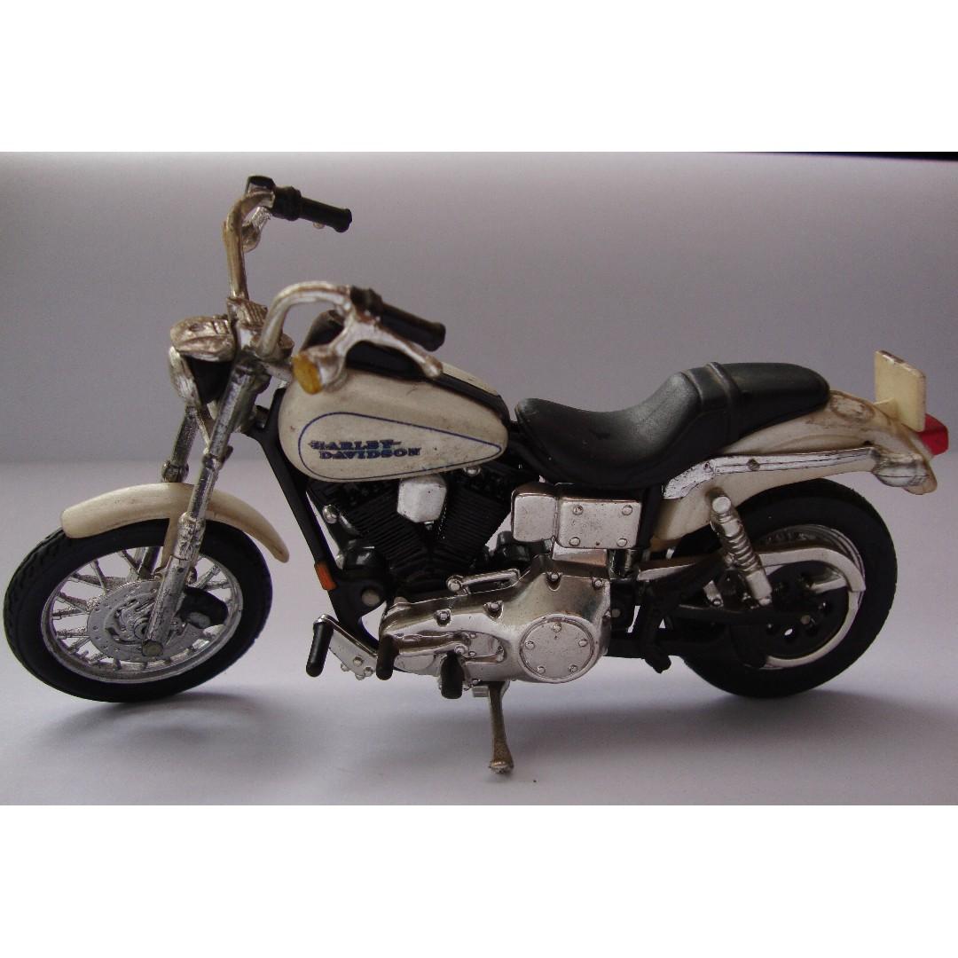 Miniatur Motor Harley Davidson White