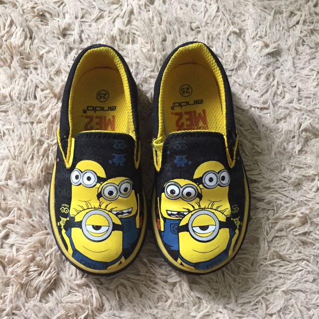 minion ME2 shoes