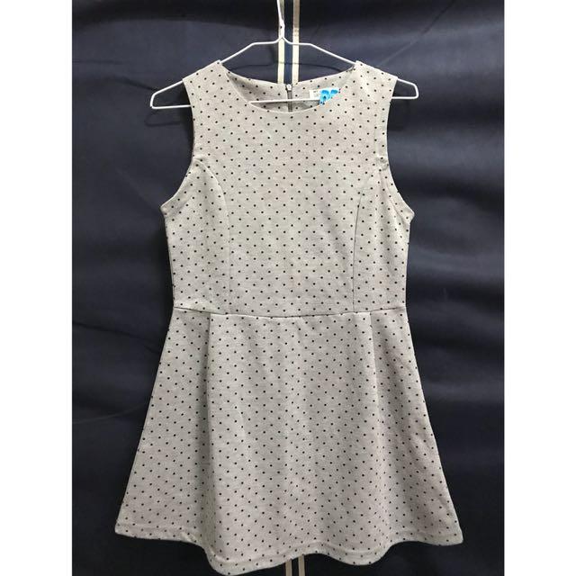 Net灰色點點小洋裝