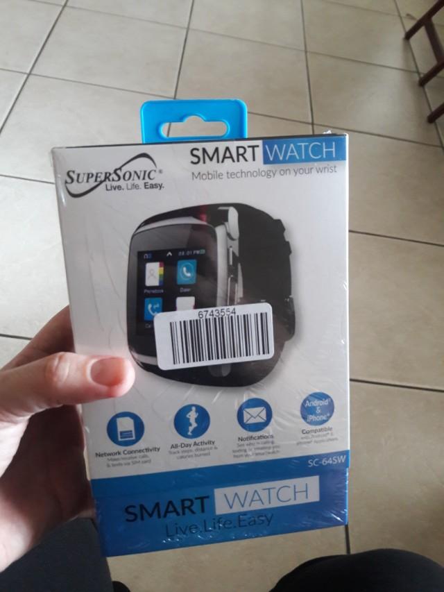 New/ Smart Watch/ located near Metro Zoo