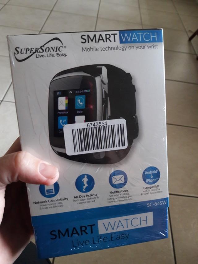 New, smart watch/ located near Metro Zoo