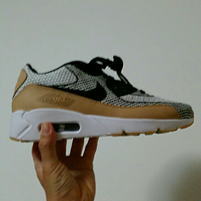 free shipping afc4f 0c519 Nike Air Max 90 Ultra 2.0 (Crown Brown), Women s Fashion, Shoes on Carousell