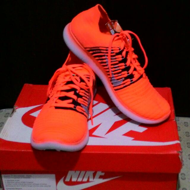 Nike Free RN Flyknit (Authentic)
