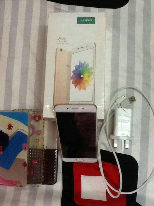 Oppo R9s Rose Gold