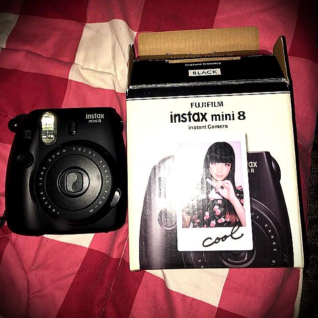 Polaroid Intax mini 8 by fujifilms almost brandnew