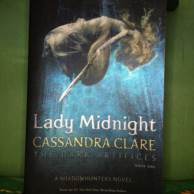 Pre-loved Lady Midnight Book