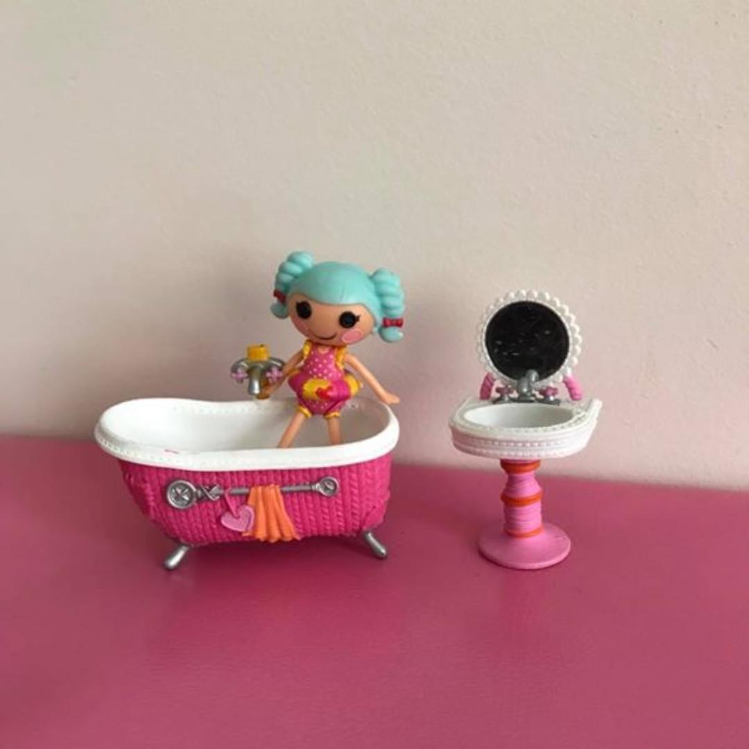 preloved mini lalaloopsy doll & accessories bundle