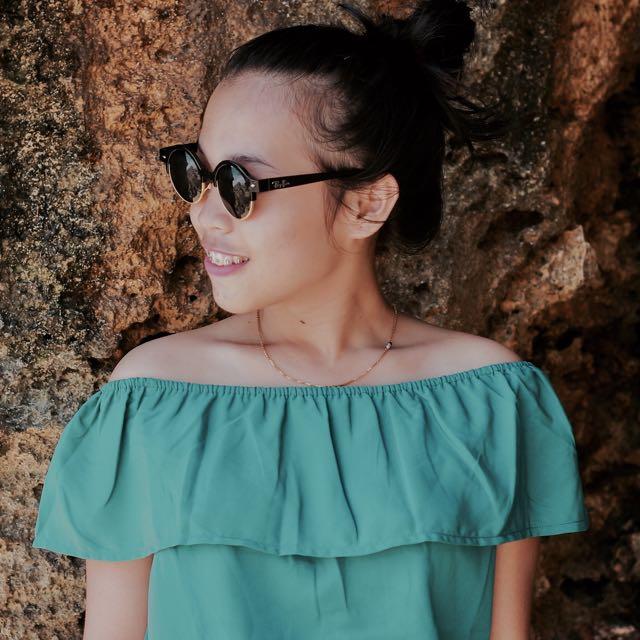 Sabrina hijau