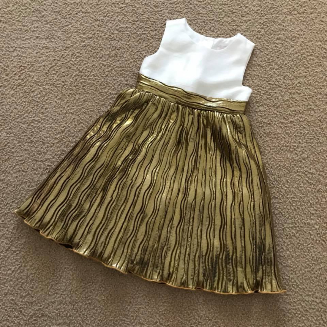 Size 3 5 or 6  EUC girls quality gold / white polyester boutique dresses