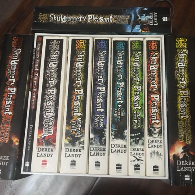 Skulduggery Pleasant collection