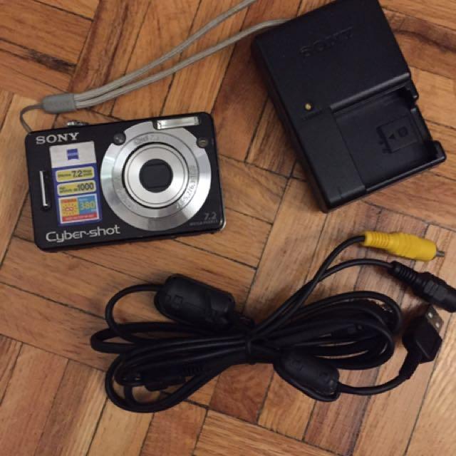 Sony DSC-W55 digital camera