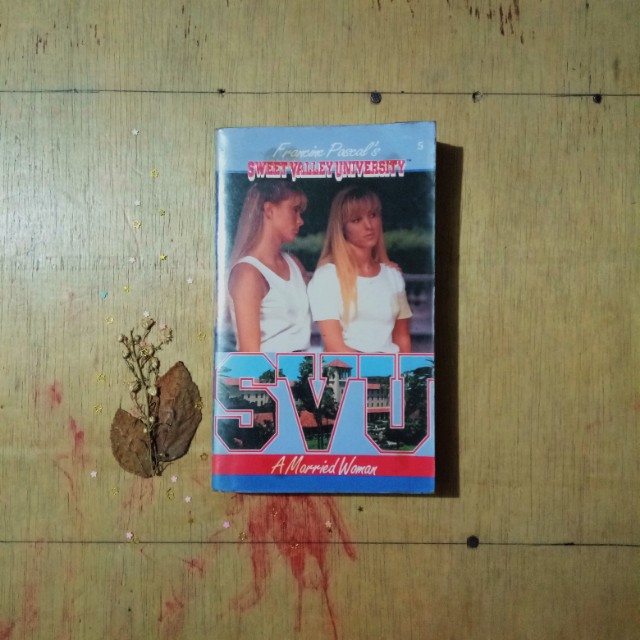 Sweet Valley Universities: A Married Woman by Francine Pascal
