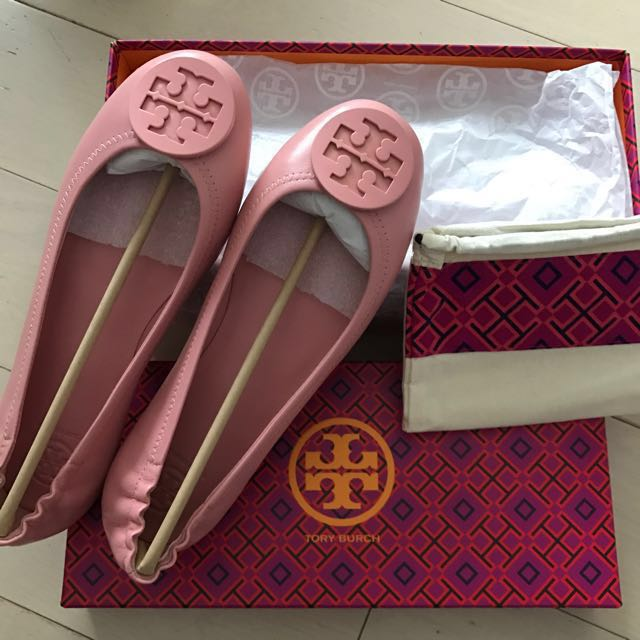 6ebfed939340 Tory Burch Flat Minnie travel ballet with logo in retro pink ...