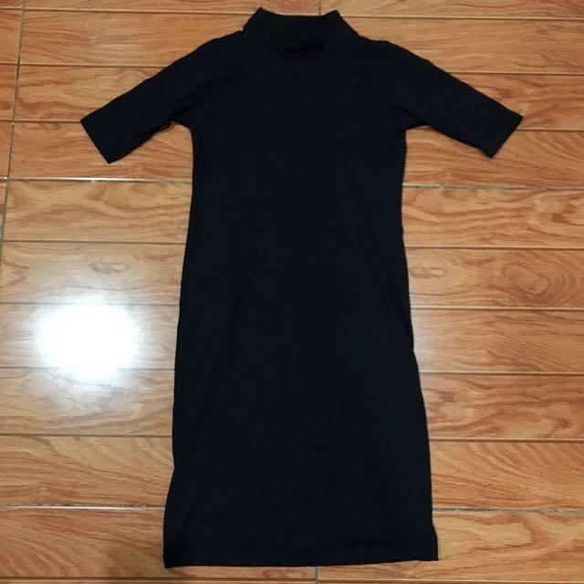 Turtle neck midi dress