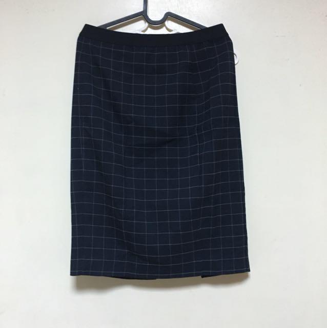 Uniqlo 格紋 深藍 後開衩窄裙