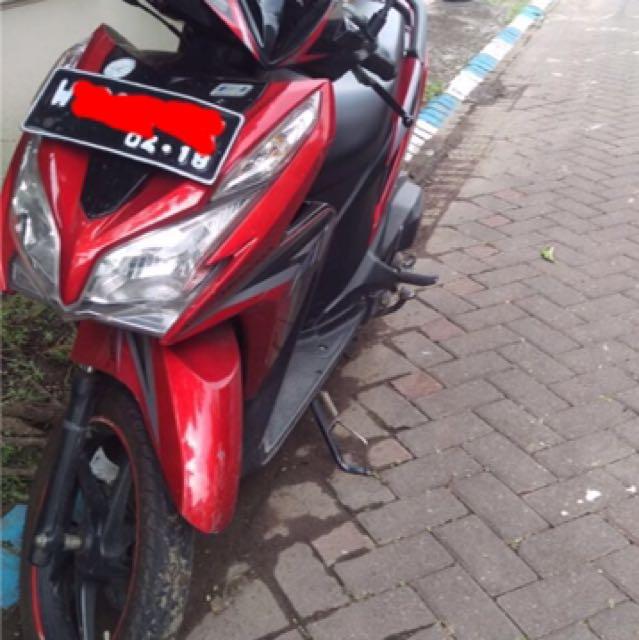 Vario 125 merah tahun 2013
