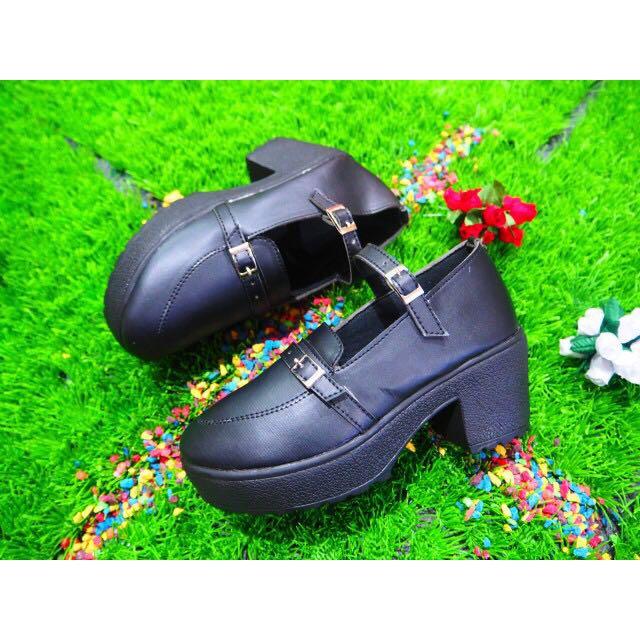 Wesges Putih Gesper Murah - Sepatu Heels Hitam Resmi - Wedges Heels Wanita Lucu - Sepatu Main - Sepatu Kuliah