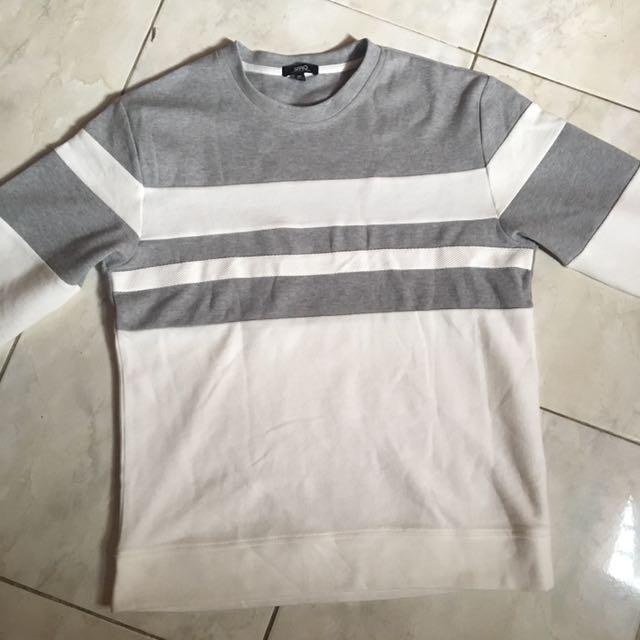 White grey sweater