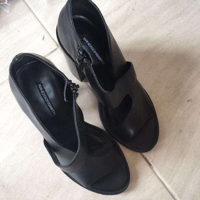 windsor smith trinity heel Sandals