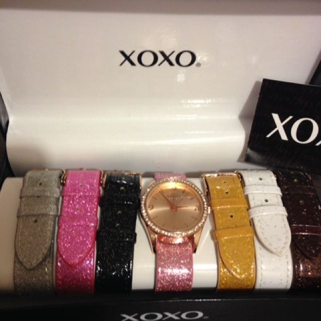 XOXO WATCH WITH 7 strap authentic from USA