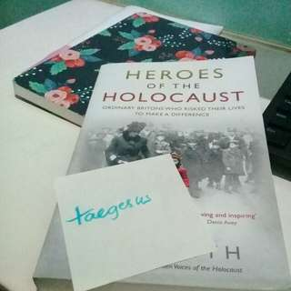 HEROES OF THE HOLOCAUST by Lyn Smith