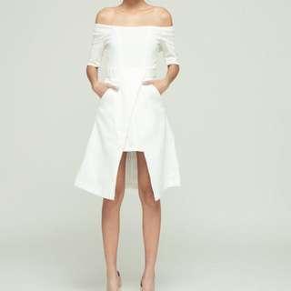 白色露肩一字領洋裝