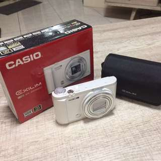 Casio Exilim ZR3600 camera