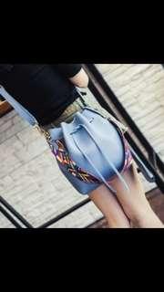 tas selempang wanita trandy yang kuat