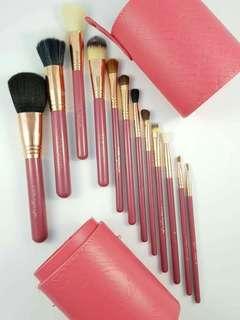 Make Up Brushes INSTOCK