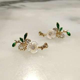 🆕2018 韓國春季款 斯文氣質🌼花朵👂耳環💎