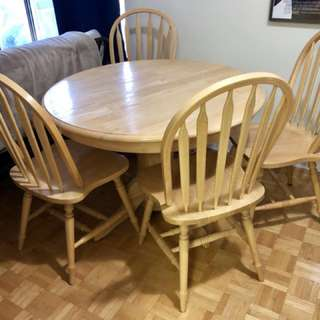 Dining set... need gone asap