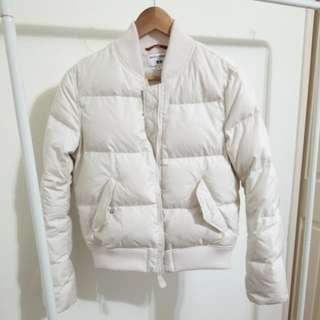 UNIQLO White Puffer Jacket Small