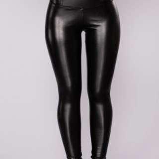 Faux Leather Tummy Tuck Leggings