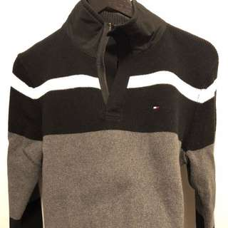 Men's Tommy Hilfiger sweater, XS