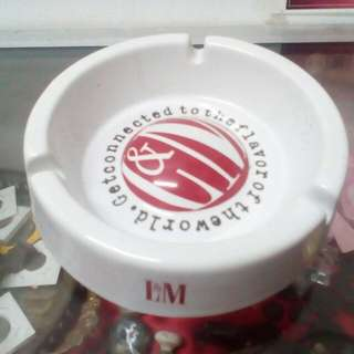 LM Ashtray.