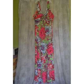 Maxi dress fits M-L frame (strechable)