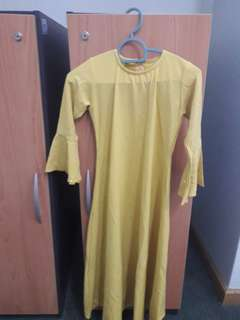 Jubah - New in Mustard Yellow NEW 7 yrs old