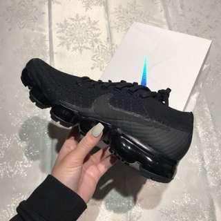 Nike triple black vapormax. Size 7
