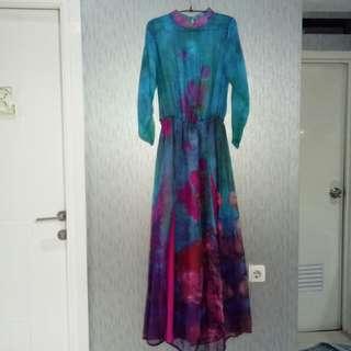 Dress semi sutra