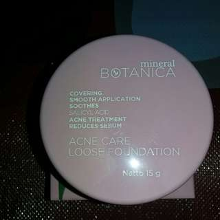 Mineral Botanica Acne Loose Foundation