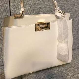 Charles and Keith 現貨。新加坡代購