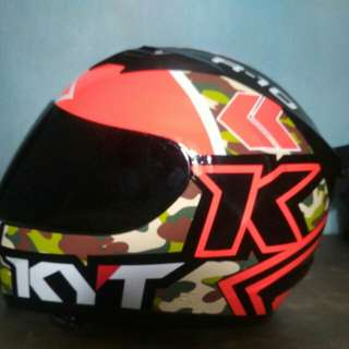 Helm KYT R-10