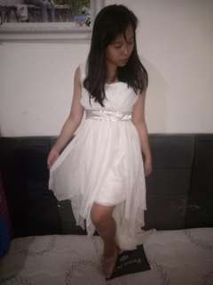 Dress pesta party
