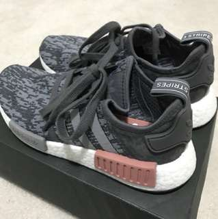 *REDUCED* ADIDAS NMD R1
