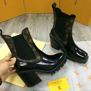 IN STOCK!!! LOUIS VUITTON BOOTS