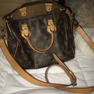 Louis Vuitton Speedy 25 bandouliere Bag only
