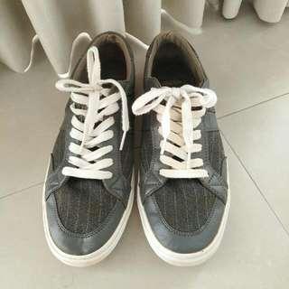 Sepatu Pull & Bear Ori Size 41