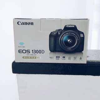 Canon EOS 1300d with EFs18-55mm 3 kit