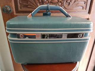 Samsonite Antique Make-up kit bag